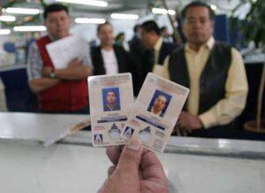 Licencias permanentes para conducir podrían regresar a CDMX