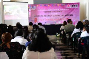 Asistió Leticia López a eventos para conmemorar el Día Internacional de la Mujer en Córdoba